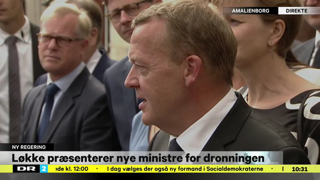 Nuværende statsminister Lars Løkke Rasmussen præsenterer sin regering på Amalienborg Slotsplads